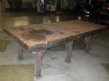 Heavy Duty Solid Steel Welding Table Size 115 X 48 34 In H Note 90 Of Top Is 5 Thick 25