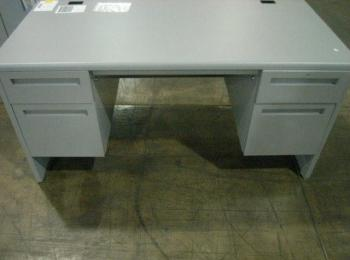 10 Pieces Of Office Furniture To Include 1 Computer Desk With Four Drawers Grey Metal 30 X60 X30 H